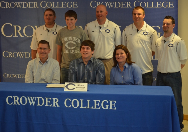 01-26-13 W signing Crowder 019